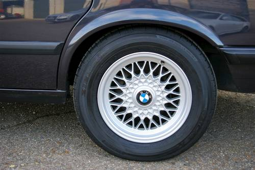 1987 BMW E28 M535i '5 Edition' Auto Saloon LHD (43443 miles) SOLD (picture 5 of 6)