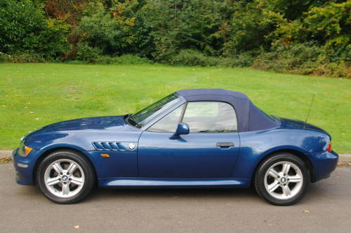 BMW Z3 ROADSTER..RARE INDIVIDUAL SPEC.. LOW MILES..FSH SOLD (picture 1 of 6)