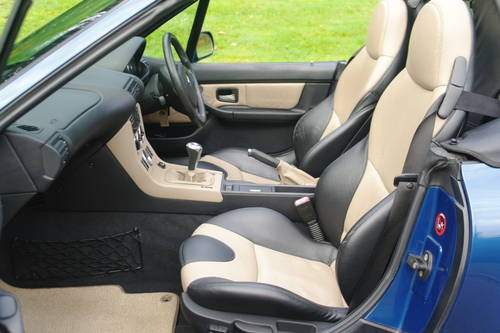 BMW Z3 ROADSTER..RARE INDIVIDUAL SPEC.. LOW MILES..FSH SOLD (picture 3 of 6)