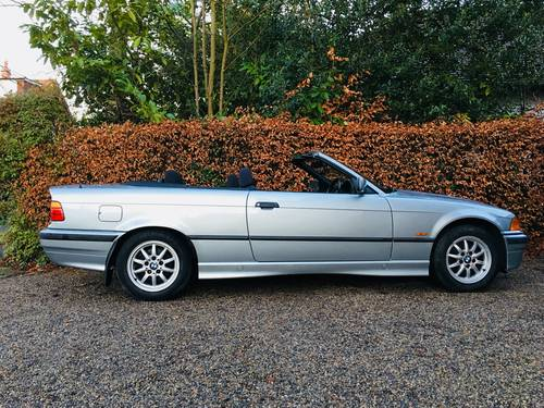 1998 BMW E36 328I CONVERTIBLE - LOW MILEAGE MODERN CLASSIC SOLD (picture 5 of 6)