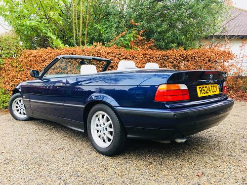 1998 BMW 318I CONVERTIBLE AUTOMATIC  - 1 FORMER KEEPER SOLD (picture 4 of 6)