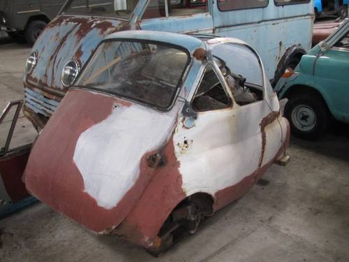 BMW Isetta 250 1954 Project car SOLD   Car and Classic