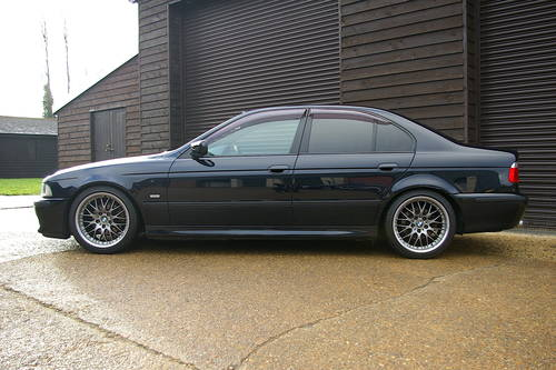 2003 BMW E39 525i M-Sport Auto Saloon (20,027 miles) SOLD (picture 1 of 6)