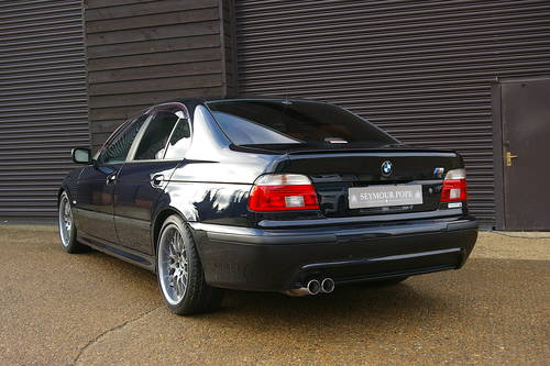 2003 BMW E39 525i M-Sport Auto Saloon (20,027 miles) SOLD (picture 3 of 6)
