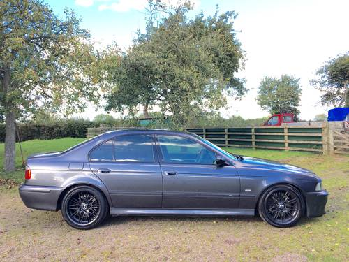 BMW M5 E39 2000 4.9L V8 400bhp PART X CLASSIC MOTORCYCLE ?! SOLD (picture 3 of 6)
