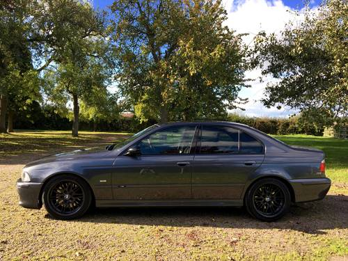 BMW M5 E39 2000 4.9L V8 400bhp PART X CLASSIC MOTORCYCLE ?! SOLD (picture 4 of 6)