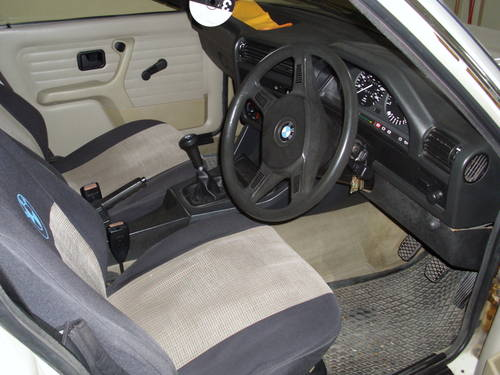 1986 BMW 316 18 horse power For Sale (picture 2 of 6)