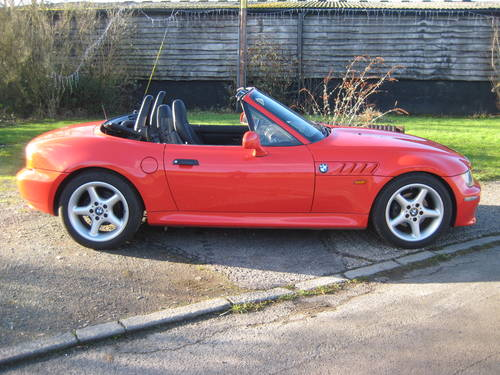 2001  BMW Z3 2.2 Automatic DEPOSIT TAKEN SOLD (picture 2 of 6)