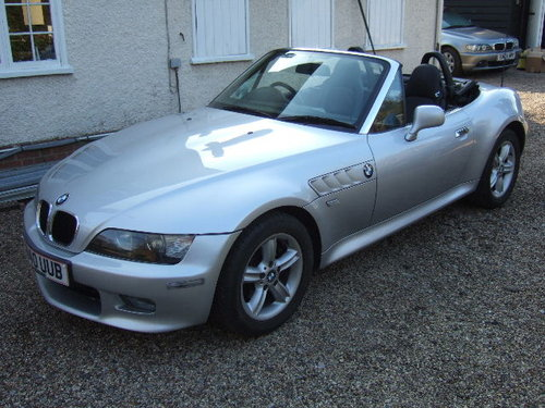 2001(X) BMW Z3 2.2i Roadster in Metallic Titan Silver  For Sale (picture 1 of 6)