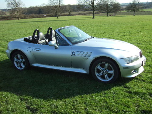 2001(X) BMW Z3 2.2i Roadster in Metallic Titan Silver  For Sale (picture 2 of 6)