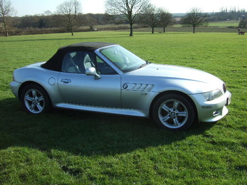 2001(X) BMW Z3 2.2i Roadster in Metallic Titan Silver  For Sale (picture 3 of 6)