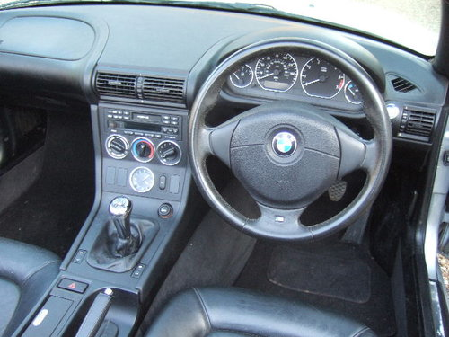 2001(X) BMW Z3 2.2i Roadster in Metallic Titan Silver  For Sale (picture 4 of 6)