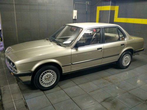 1985 Time capsule E30 318i For Sale (picture 1 of 6)