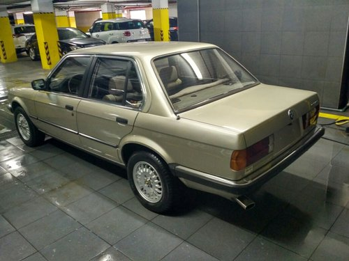 1985 Time capsule E30 318i For Sale (picture 4 of 6)