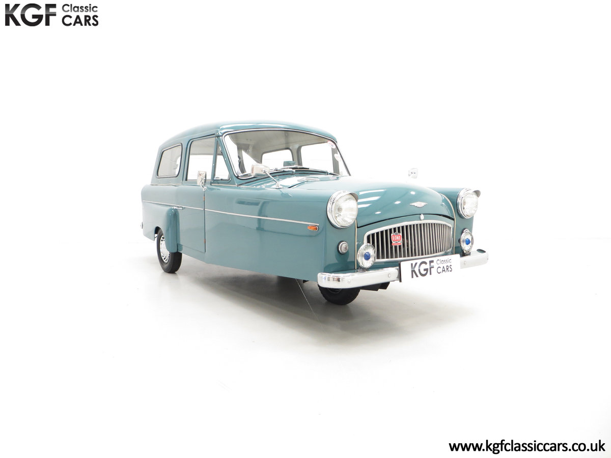 1966 A Professionally Restored Bond Minicar 250 G Estate For Sale (picture 1 of 6)