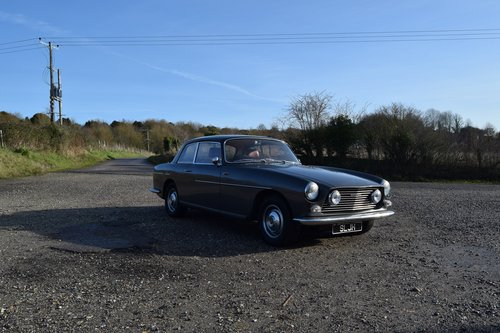 1970 Grey Bristol 411 series 1  SOLD (picture 1 of 6)
