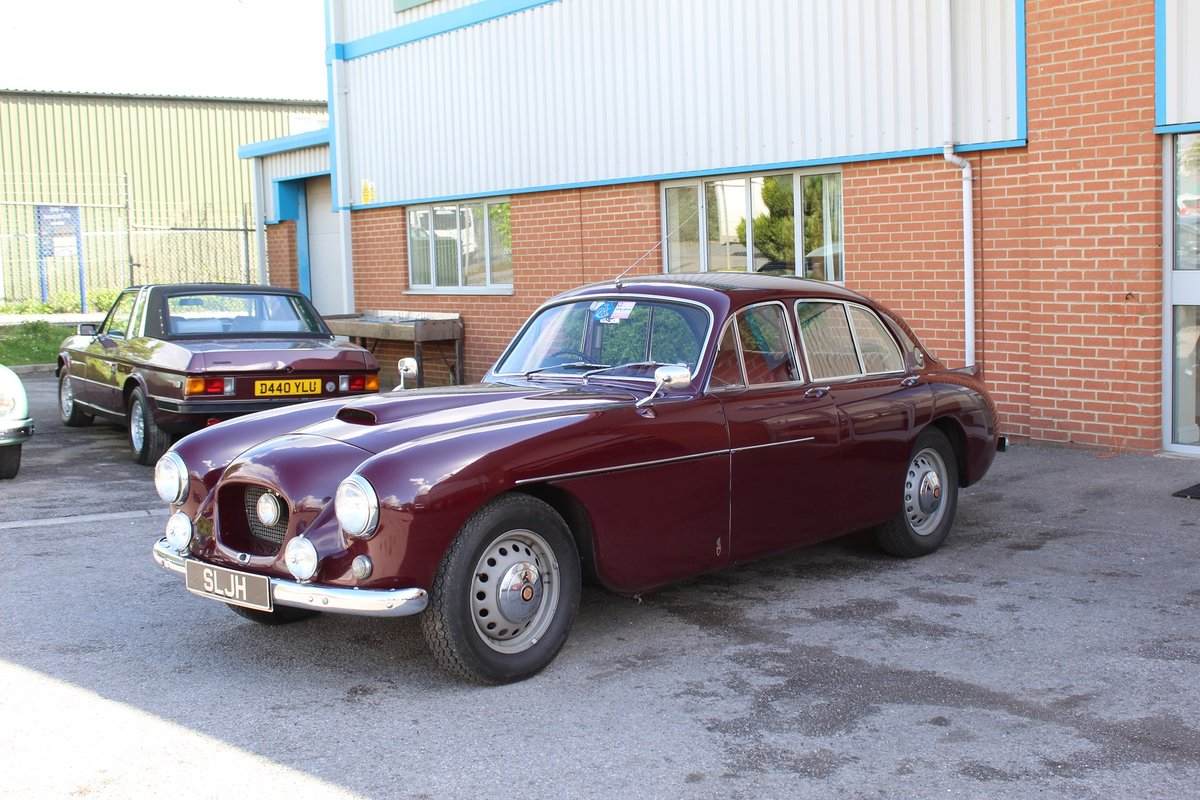 1955 Red Bristol 405  For Sale (picture 2 of 6)