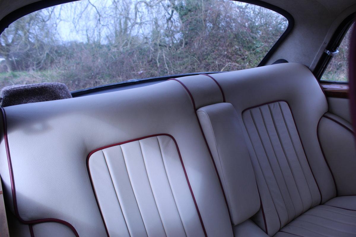 1974 Bristol 411 For Sale (picture 5 of 6)