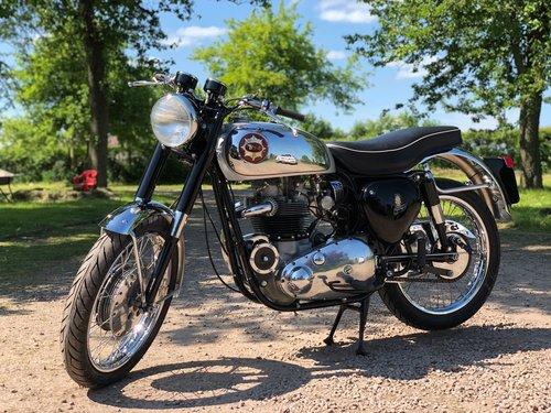 BSA RGS Replica 1962 650cc SOLD (picture 2 of 6)