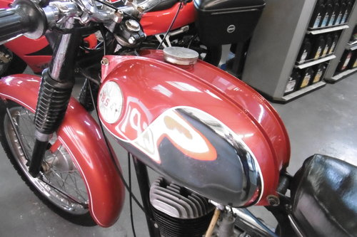 1969 BSA Bantam sport 175  correct and tidy  SOLD (picture 3 of 6)