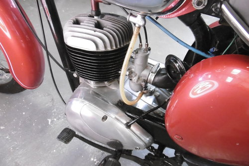 1969 BSA Bantam sport 175  correct and tidy  SOLD (picture 5 of 6)