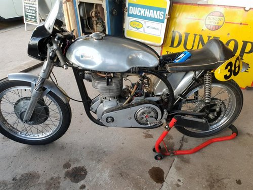 **REMAINS AVAILABLE** Norton/BSA/Manx Racing Machine For Sale by Auction (picture 1 of 1)