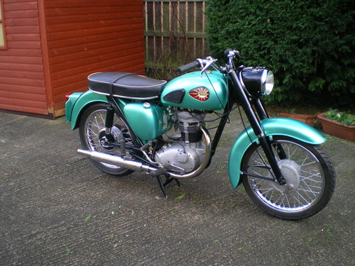 1959 BSA C15  250cc , beautiful condition , lots spent !!         SOLD (picture 2 of 6)