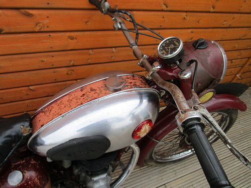 BSA C11S Unrestored 1954                   SOLD (picture 4 of 6)