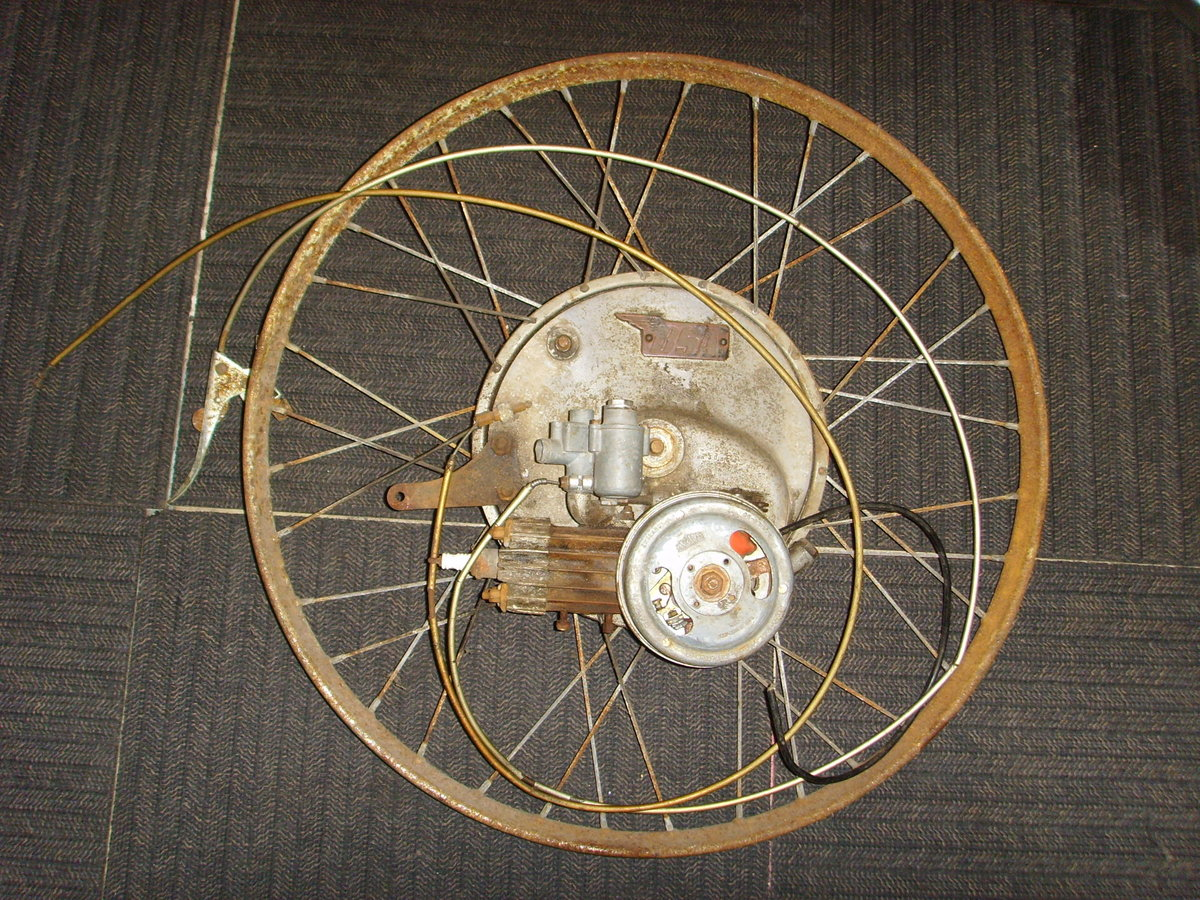 BSA Winged Wheel Restoration project Vintage cyclemotor auto SOLD (picture 1 of 6)