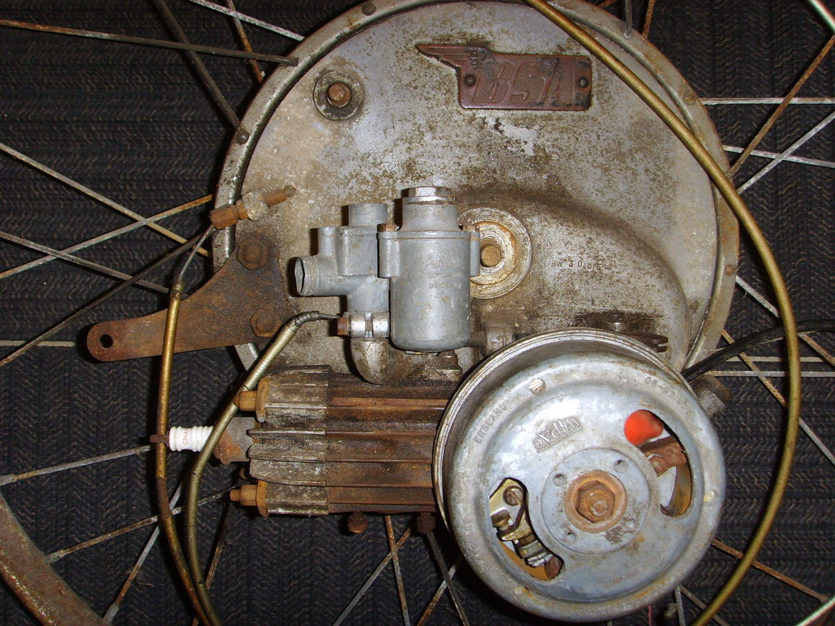 BSA Winged Wheel Restoration project Vintage cyclemotor auto SOLD (picture 2 of 6)