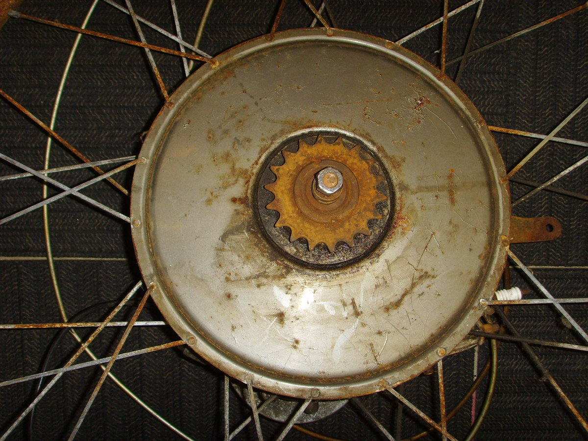 BSA Winged Wheel Restoration project Vintage cyclemotor auto SOLD (picture 4 of 6)