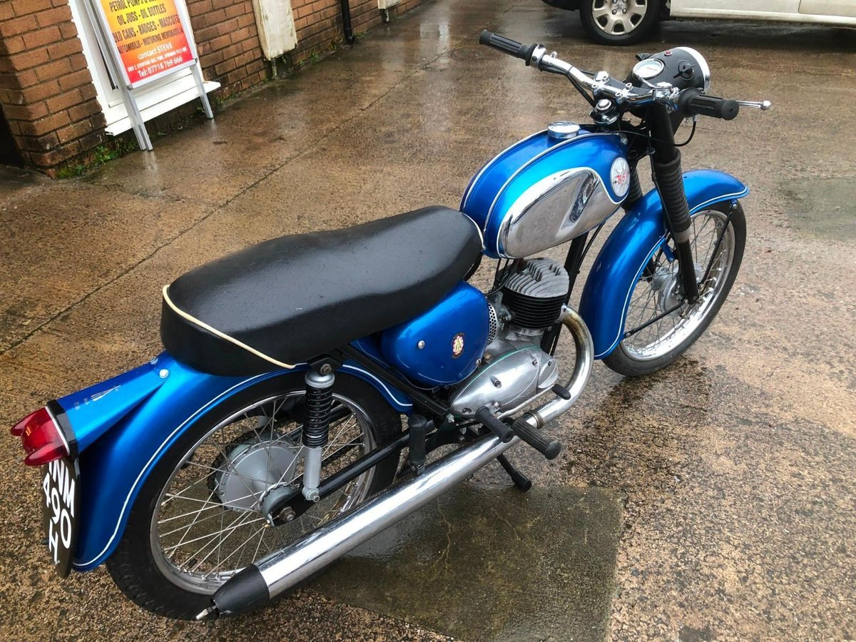 BSA BANTAM B175 MAUFACTURED 1970 For Sale (picture 2 of 6)