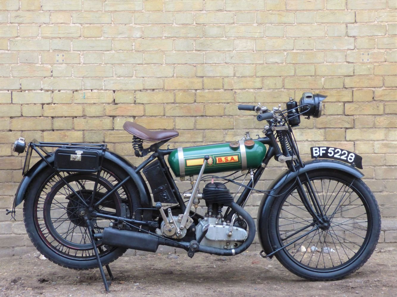 1925 BSA B25 Round Tank 250cc SOLD (picture 1 of 6)