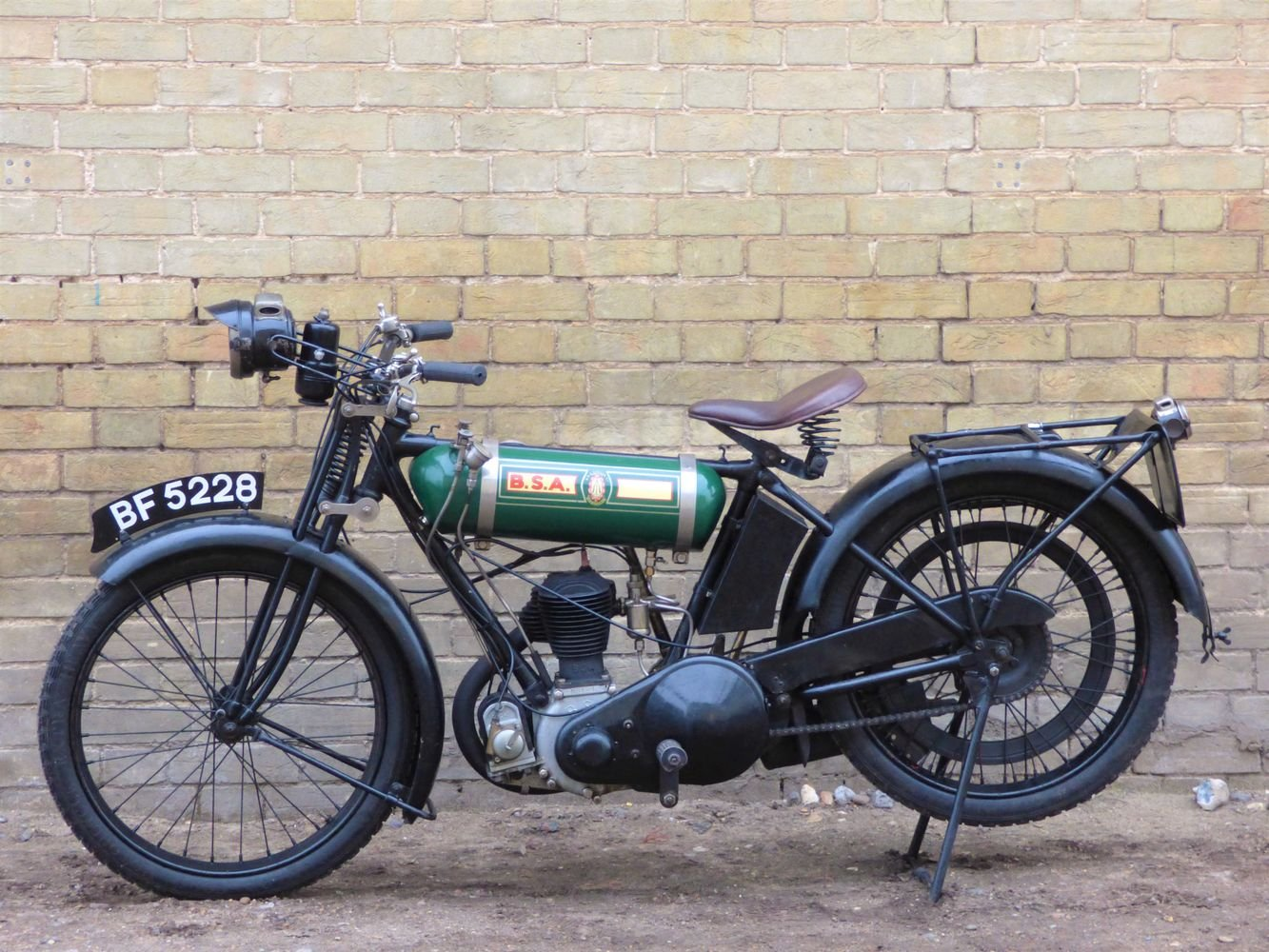 1925 BSA B25 Round Tank 250cc SOLD (picture 2 of 6)