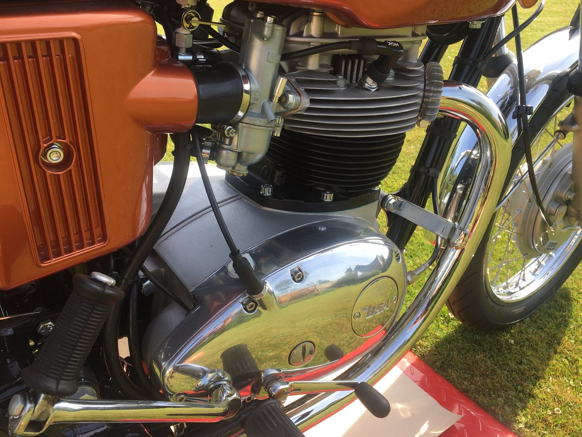 1972 FOR SALE BSA A65 LIGHTENING 650 For Sale (picture 4 of 6)