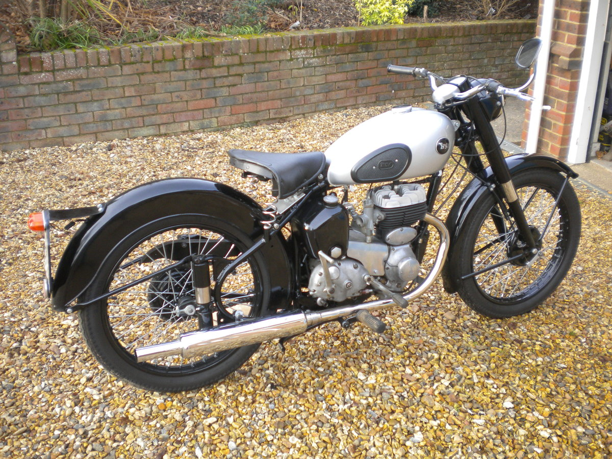1956 BSA C10L Restored in 2014 For Sale (picture 2 of 5)