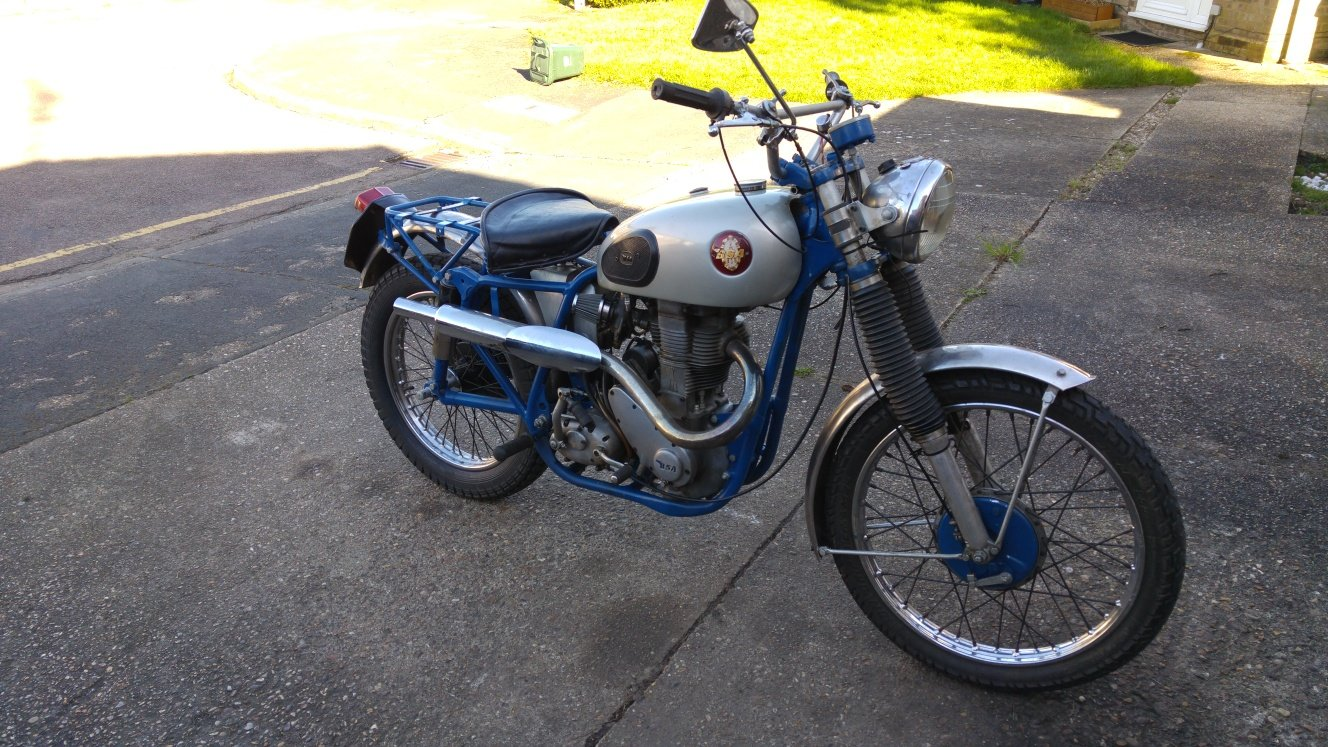 1952 BSA BB32 Catalina or Clipper project, Gold Star? For Sale (picture 1 of 3)