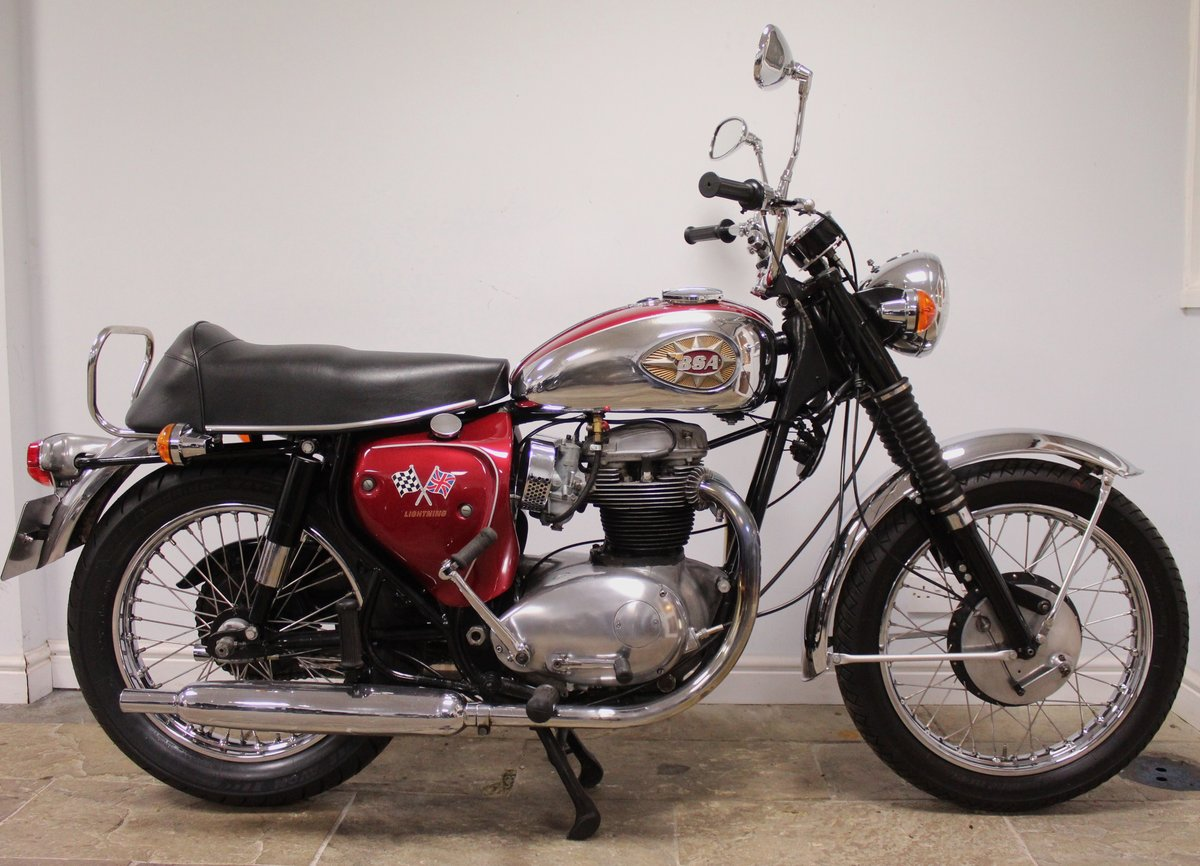 1966 BSA A65 Lightning 650cc Twin  BEAUTIFUL  SOLD (picture 1 of 6)