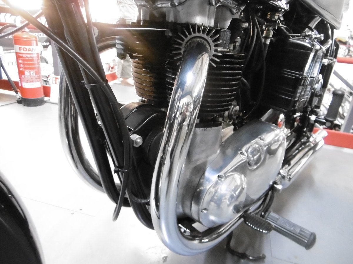 1952 BSA Gold flash STUNNING NUT AND BOLT RESTORATION  For Sale (picture 6 of 6)