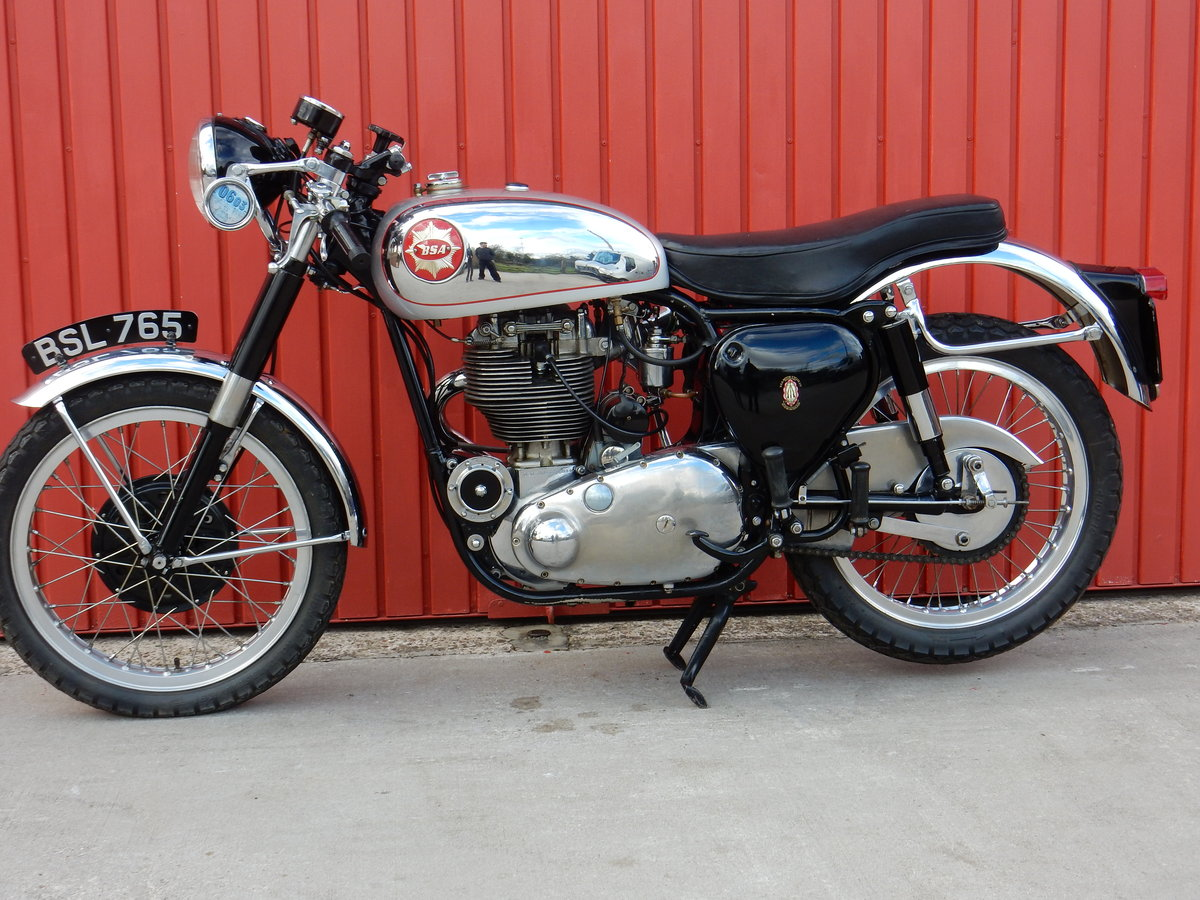 BSA Gold Star DBD34 1961 500cc Original Factory Frame & Engi For Sale (picture 2 of 3)