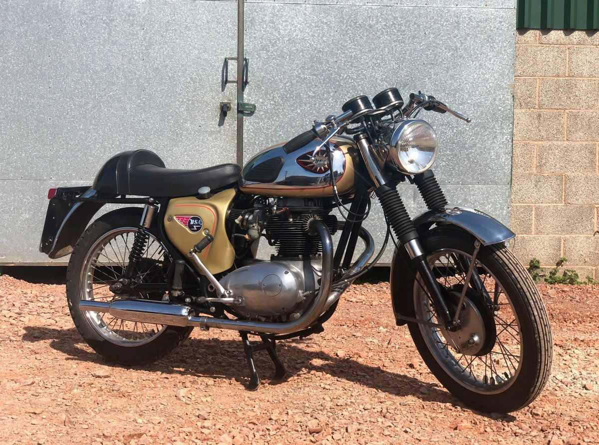 1965 A65L Lightning Clubman Rep 650cc For Sale (picture 1 of 6)