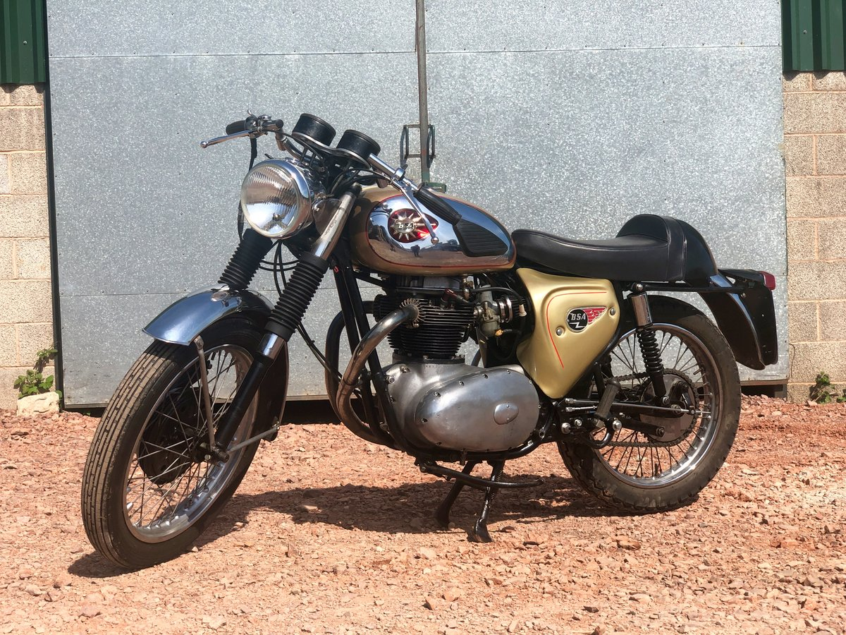 1965 A65L Lightning Clubman Rep 650cc For Sale (picture 2 of 6)