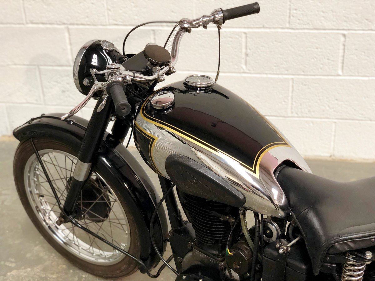 BSA  B33 1947 500 Very Rare Model, Speedo In Tank! SOLD (picture 5 of 6)