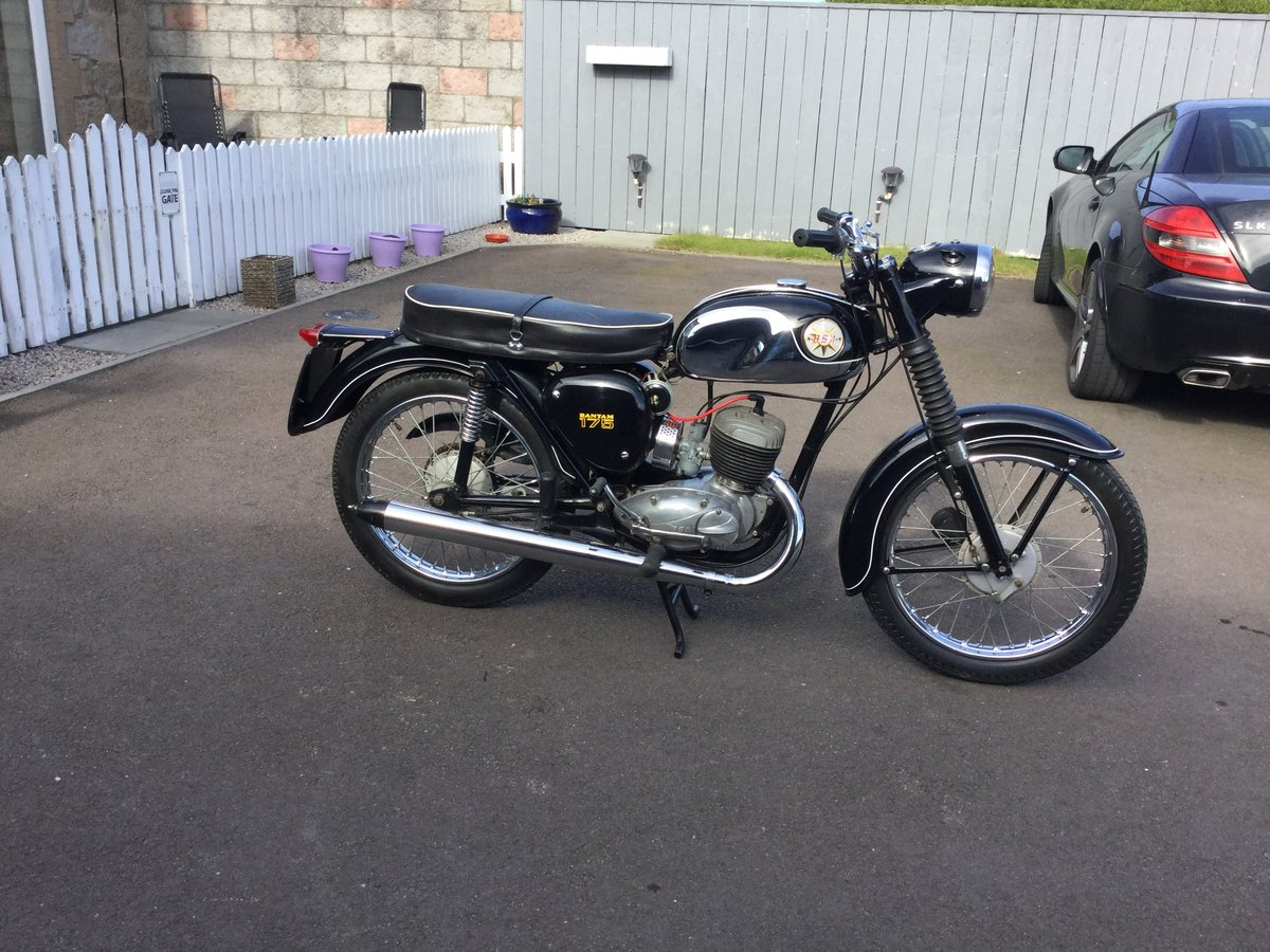1970 bsa bantam Immaculate  SOLD (picture 2 of 6)