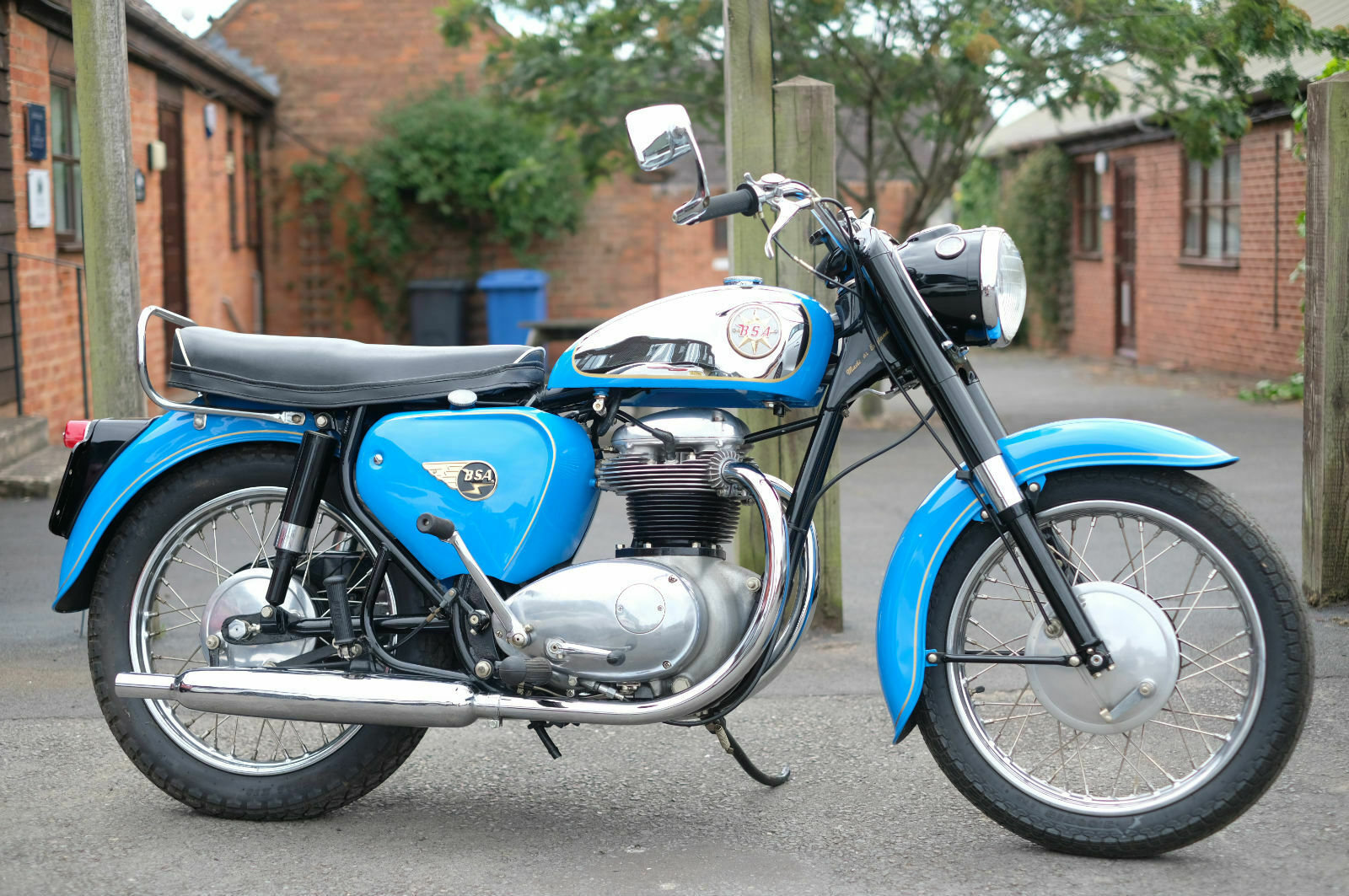 BSA A65 A 65 Star 1962 Stunning, just stunning SOLD (picture 1 of 6)