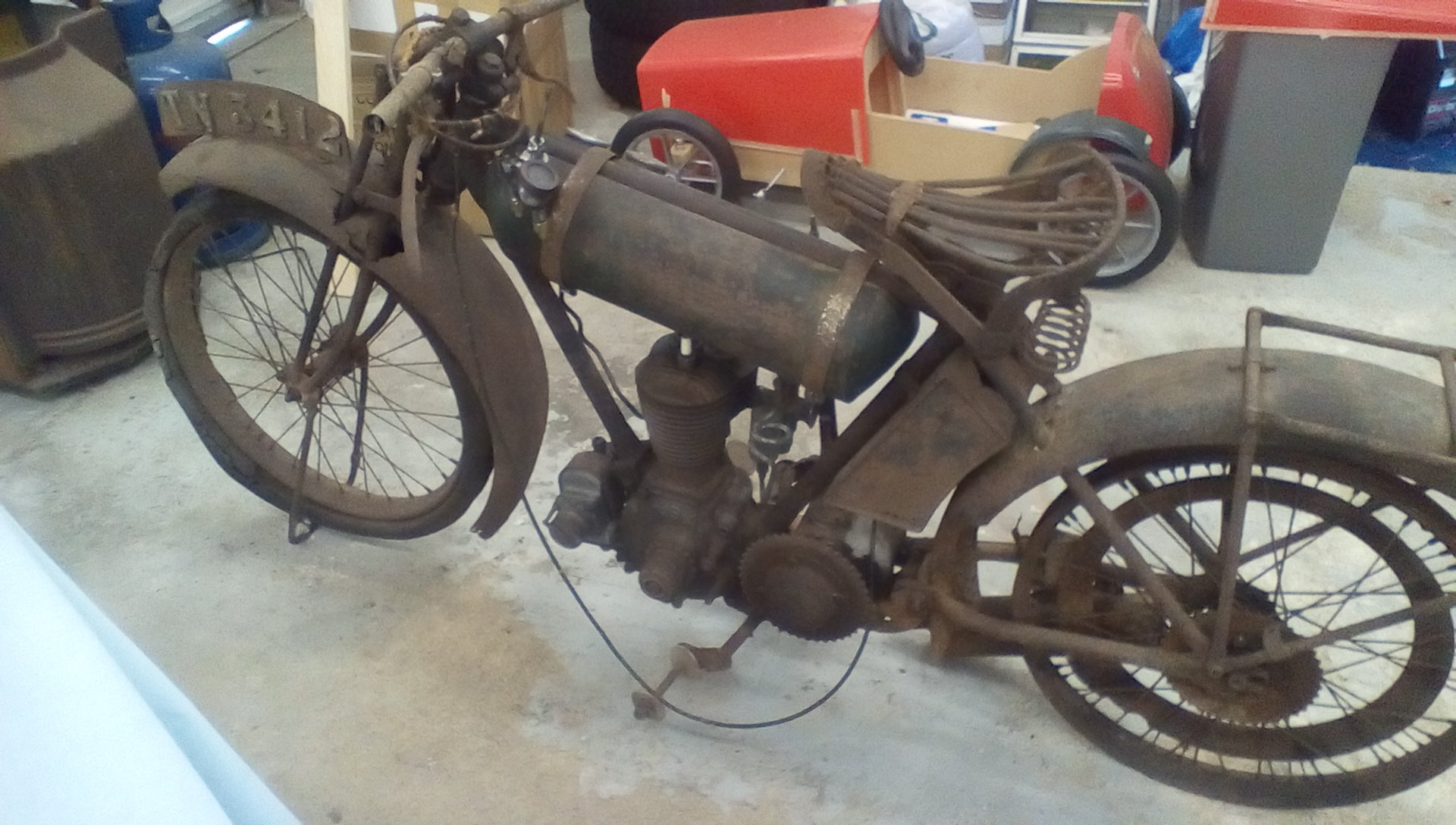 1926 BSA Roundtank Restoration Project For Sale (picture 2 of 6)