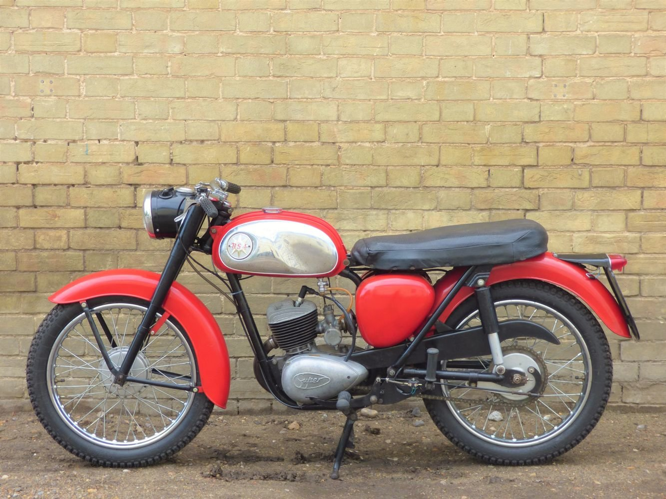 1965 BSA Bantam D7 175cc For Sale (picture 2 of 6)