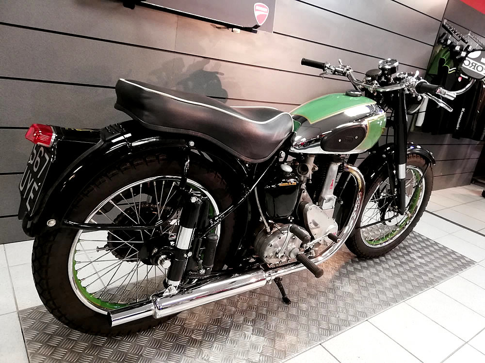 1950 BSA B31 350cc For Sale (picture 3 of 6)