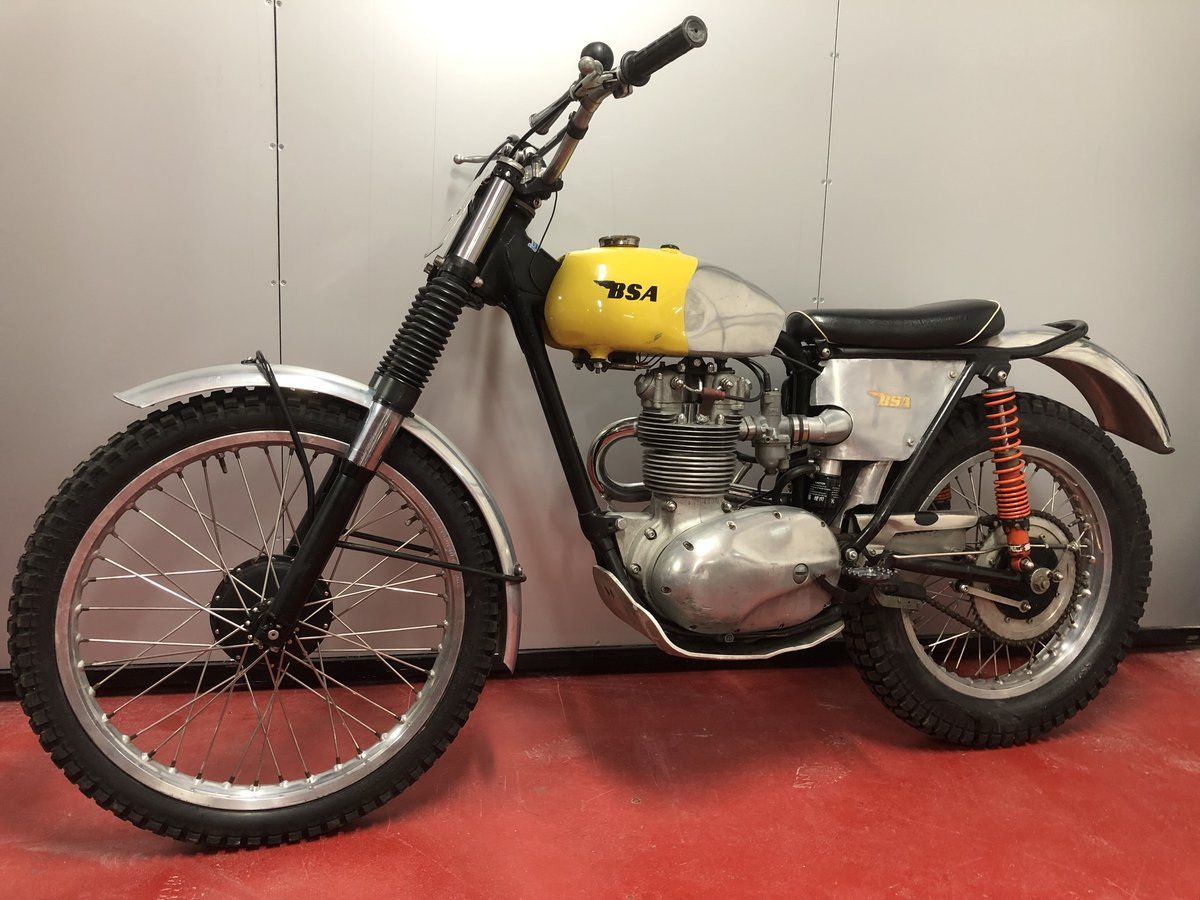 1964 BSA C15 TRIALS BIKE PRE 65 ROAD REGD TRAIL GREEN LANER  For Sale (picture 4 of 6)