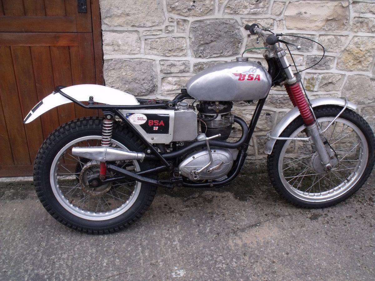 1960 BSA B40 350cc unit single Pre 65 trials bike Leeds For Sale (picture 1 of 3)